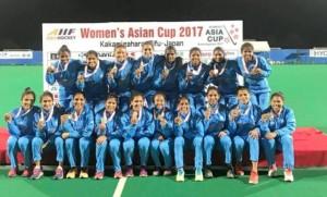 india-women-s-hockey-team-beat-china-in-final-hockey-india-1509890866